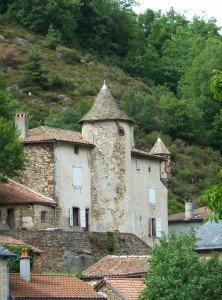 Chateau de Bonnac dans le Cantal